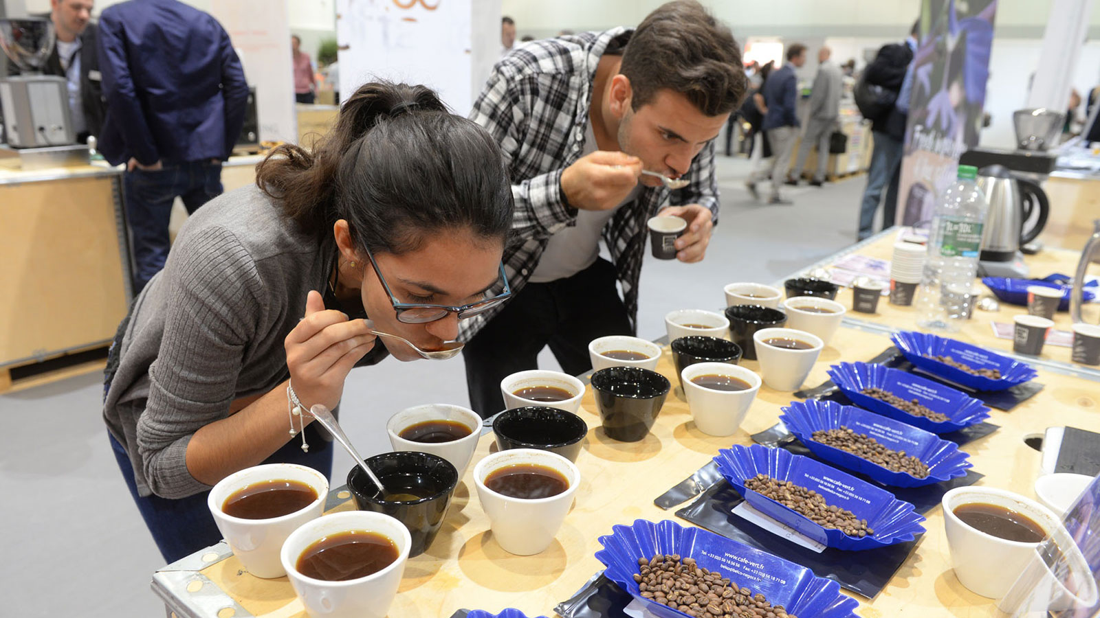 Two visitors to the COTECA Coffee, Tea and Cocoa Global Industry Expo in the Hamburg exhibition halls